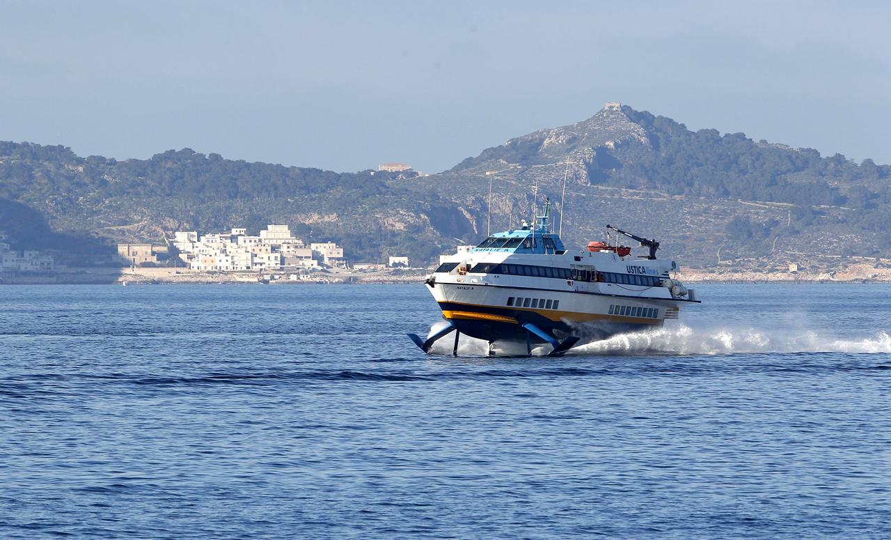 Liberty Lines - Aliscafi e navi veloci