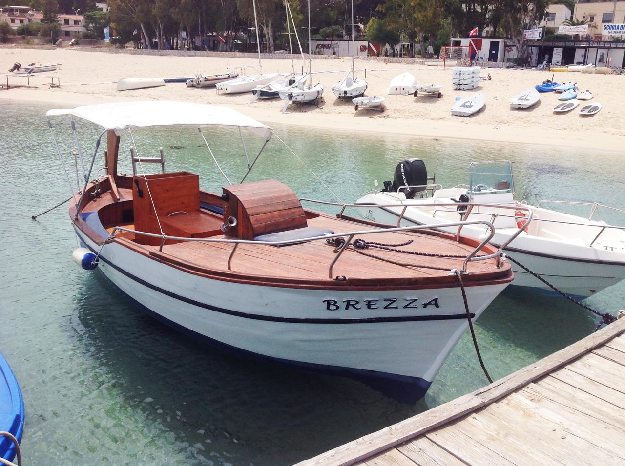 Gozzo Brezza San Vito in barca